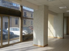 Semi-central: large commercial space in excellent condition - 8