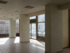 Semi-central: large commercial space in excellent condition - 14
